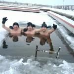 Idealne warunki do kąpieli: brak wiatru i -10 stopni