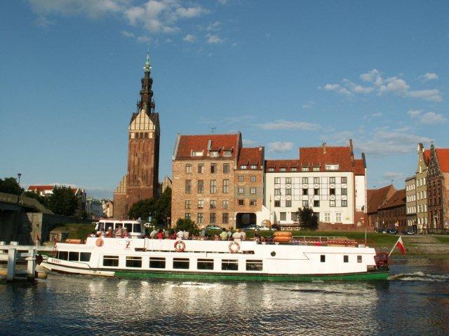 statek na rzece Elbląg, fot. UM Elbląg