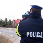 Policja zapowiada więcej kontroli na drogach. Apeluje też do pieszych, aby nosili odblaski