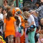 Dzieci bawiły się z Tygryskiem