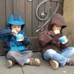 Jak prawidłowo żywić dzieci?