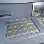 Ukradł kartę bankomatową i wybrał 2,5 tysiąca