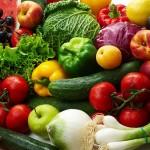 Coraz więcej dzieci je w szkole owoce i warzywa