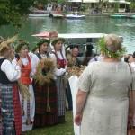 """""""W Trokach czujemy się jak u siebie"""". Młodzież z Centrum Kultury w Giżycku na festiwalu mniejszości narodowych na Litwie"""
