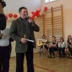 Uczniowie wręczyli nauczycielom Oskary