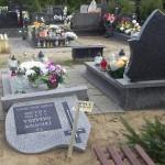 Dewastacja nagrobków na cmentarzu w Ornecie
