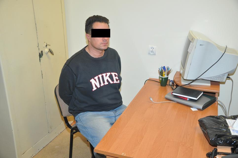 Mężczyzna zatrzymany o gwałt i stalking. Fot. KWP