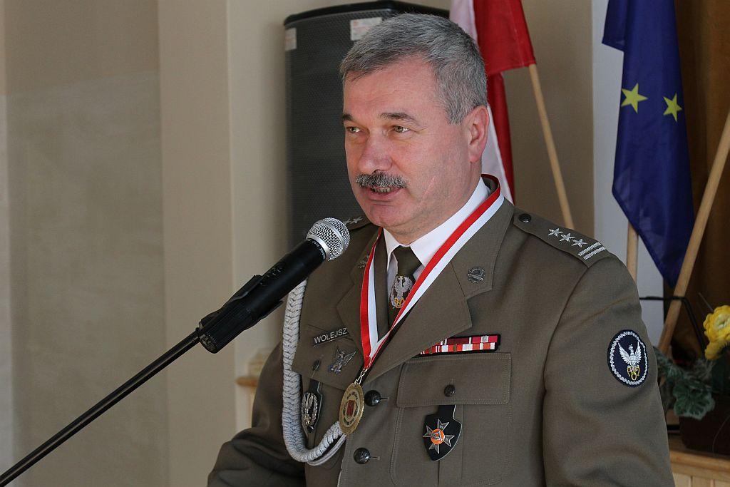 Andrzej Grabowski Twitter: + Pułkownik Wołejszo Honorowym Obywatelem Bisztynka