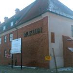 Muzeum w Elblągu wyłania się spod wody