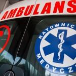 Wypadek na trasie Bartoszyce – Lidzbark Warmiński. Samochód osobowy uderzył w drzewo