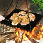 Jak zdrowo grillować? Porady nie tylko na majówkę