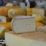 Producenci i amatorzy serów na targach w Olsztynie. Były spotkania i degustacja najszlachetniejszych wyrobów mleczarskich