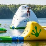 Dmuchany park wodny – nowa atrakcja na jeziorem Ukiel