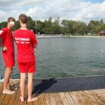 Dwaj ratownicy i kierownik plaży oskarżeni z powodu utonięcia 19-latka