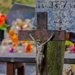 Makabryczne odkrycie na cmentarzu w Szylenach