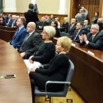 Pierwsze posiedzenia nowych rad miast i powiatów