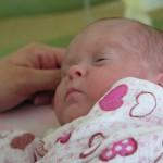 Podczas pandemii łatwiejsze składanie wniosków o zasiłek macierzyński i zasiłek pogrzebowy
