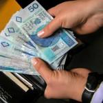 Burmistrz Bartoszyc za mało zarabia uważa grupa radnych
