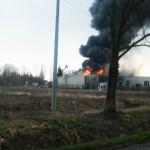 Płonęła fabryka świec w Raczkach Elbląskich