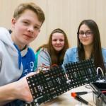 Gimnazjaliści z Jedwabna wiedzą, jak projektować roboty!