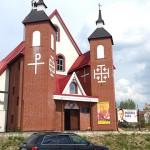 Baner wyborczy bulwersuje parafian