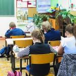 Najmłodsi uczniowie wrócili do szkół. Testy potwierdziły zakażenie 200 nauczycieli w regionie