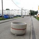 Betonowe donice jako spowalniacze
