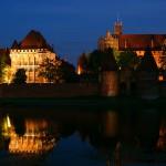 Żywe lekcje historii w gotyckich zamkach