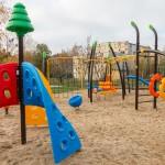 Wakacje tuż, tuż. Rzecznik praw dziecka apeluje do samorządowców o przygotowanie bezpiecznych placów zabaw