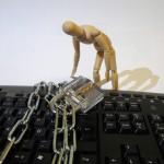 Cyberoszuści podszywają się pod Pocztę Polską