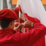 Dziś obchodzimy ustanowiony w 2004 roku Dzień Flagi. Historia polskich barw narodowych sięga XIII wieku