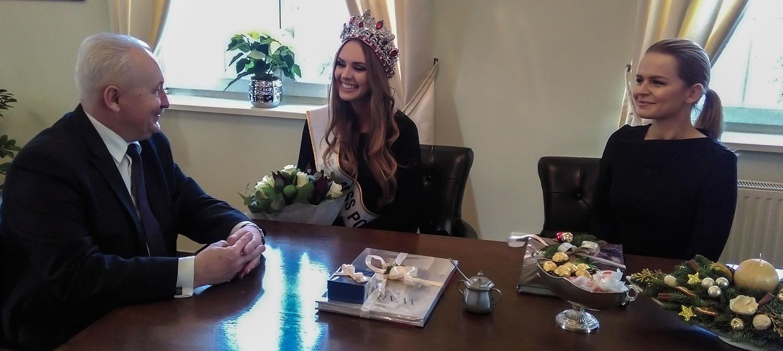 Magdalena Bieńkowska- POLAND INTERNATIONAL 2016/POLAND WORLD 2017 - Page 2 Miss4-ro