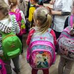 Plecaki uczniów podstawówek są zbyt ciężkie. Na Warmii i Mazurach problem dotyczy 19 procent dzieci