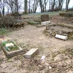 Zdewastowany cmentarz ewangelicki w Mrągowie
