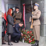 Prezydent odsłonił tablicą upamiętniającą Aleksandra Szczygło