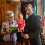 Seniorzy z Ełku mogą korzystać z przywilejów