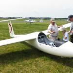 Ratusz chce za  lotnisko w Dajtkach 500 tys. zł rocznie. Aeroklub daje 170 tys.  Spór trwa