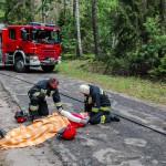 Wypadek motocyklisty i szybka akcja strażaków – FILM
