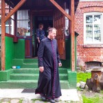 Ksiądz-poeta opowiada pradzieje Warmii i Mazur