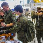 Coraz więcej młodzieży garnie się do wojska