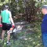 Kibice remontowali boisko treningowe piłkarzy OKS Stomil