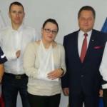 Wiceminister Zieliński odwiedził pobitych policjantów z Giżycka