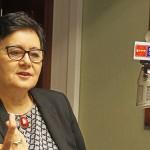 """Bernadeta Jabłońska: komunikujemy się """"językiem żyrafy"""" a nie """"szakala"""""""