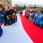 50-metrowa flaga, wystwa i bieg niepodległości w Elblągu