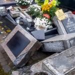 Nadal bez przełomu w sprawie dewastacji cmentarza w Ełku