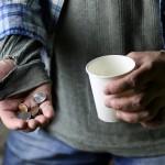 Bezdomność to nie tylko brak dachu nad głową – przekonują eksperci. To także objaw wykluczenia społecznego.