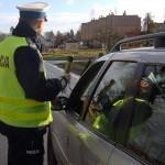Długi weekend na drogach. Policyjne patrole i grupa Speed polują na piratów i pijanych kierowców