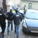 W Ełku zatrzymano mężczyznę podejrzanego o obcowanie z trzema 12-latkami