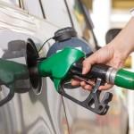 """""""Cena paliw nie spadnie poniżej 2,5 zł, nawet gdyby ropa była darmowa"""". O co chodzi z ujemnymi cenami ropy naftowej?"""