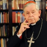 Dziś o 12. wierni uczcili pamięć kardynała Józefa Glempa